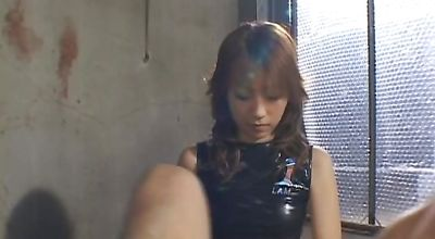 Mischievous japanese Misaki Ueno gave a nice blowjob to dude