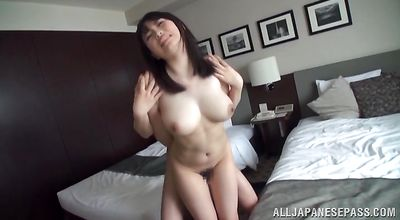 Raunchy asian Akane Yoshinaga with curvy tits sucks and rides donga