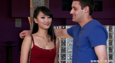 Dissolute exotic Evelyn Lin is fucking dude because she wants to get back with him