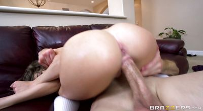 Sex appeal floozy Kimmy Granger rides rock solid meat like a boss