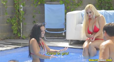 Engaging Blondie Fesser and her slippery and wet poontang
