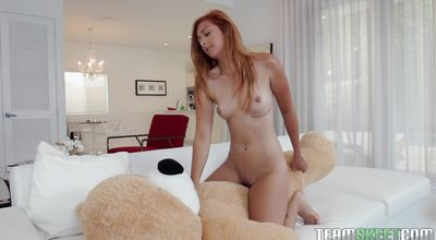 Redhead floosy Kadence Marie feels hungry pole blasting through her hungry taco