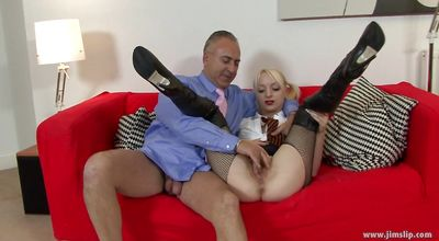 Dissolute blonde Paige Fox gives a seductive blowjob