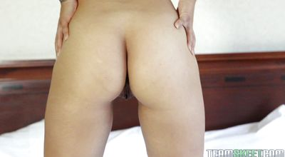 Stunning maid Ashley Luvbug loves to suck and fuck dink